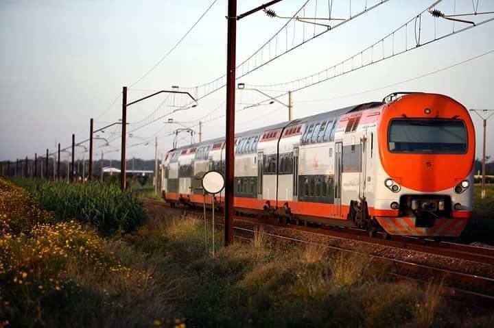 الرفع من عدد القطارات المكوكية السريعة  مع تعزيز تدابير السلامة الصحية واعتماد قواعد جديدة للسفر